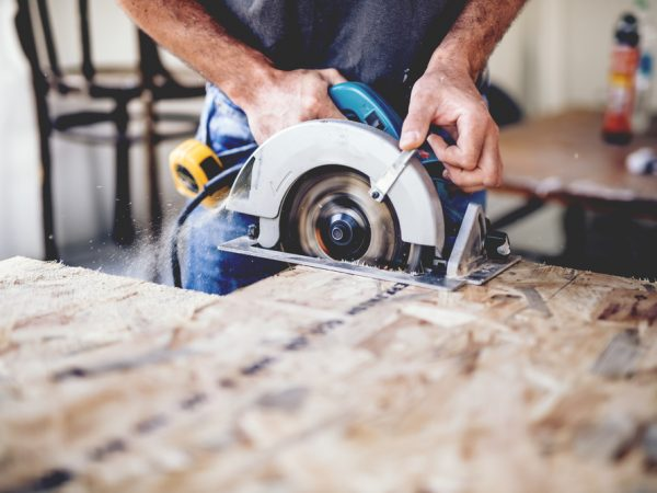 Choose the right craftsman for the job – 5 things to keep in mind
